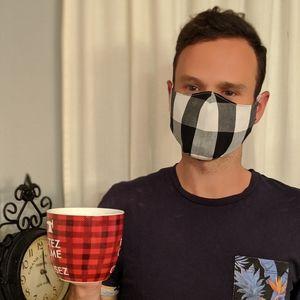 New Model! 2/20$ REVERSIBLE face mask 🖤🤍🖤🤍